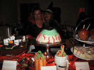 Outrageous-Gourmet-07102019-spooky-dessert